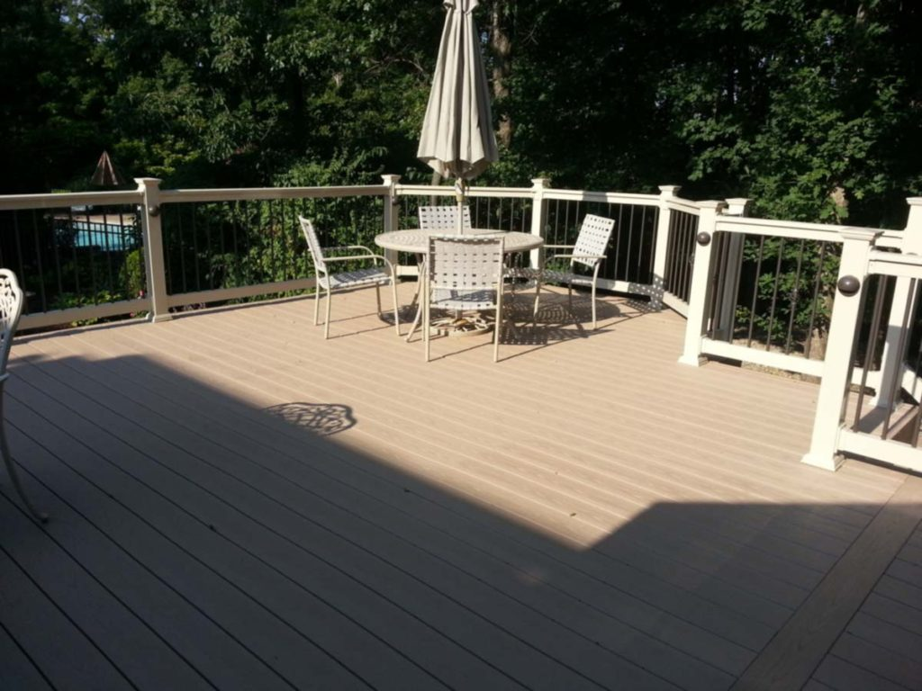 AZEK Deck Artistic Decks St. Louis